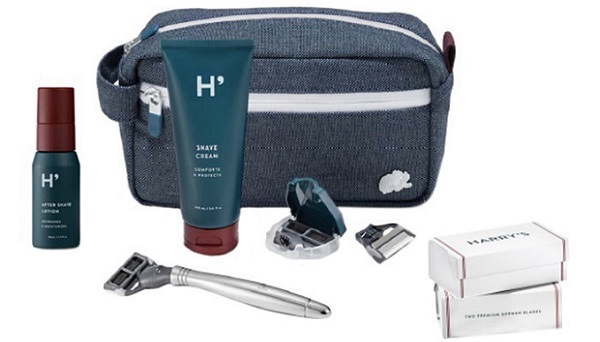 a luxury travel shaving kit from Harry's brand