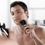 5 Best Self Cleaning Electric Shaver Options You Can Get in 2019